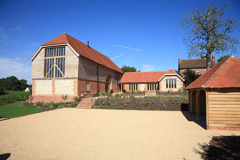 Place Farm Barn, Bletchingley: Designing and constructing bespoke apartments and houses to exacting standards gives our customers desirable homes in prime locations. We source, plan and build across the South East and tailor make your new home to suit you.